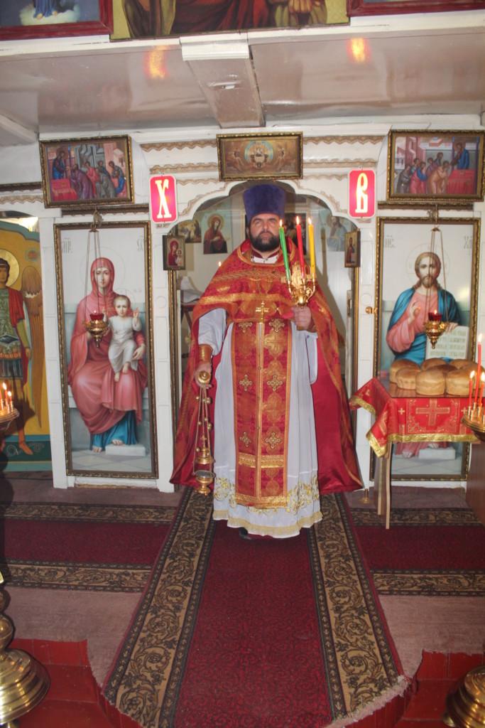 «В ночь на 8 апреля 2018 года, в праздник Светлого Христова Воскресения, в Казанском храме с.Царево состоялось Пасхальное богослужение.»